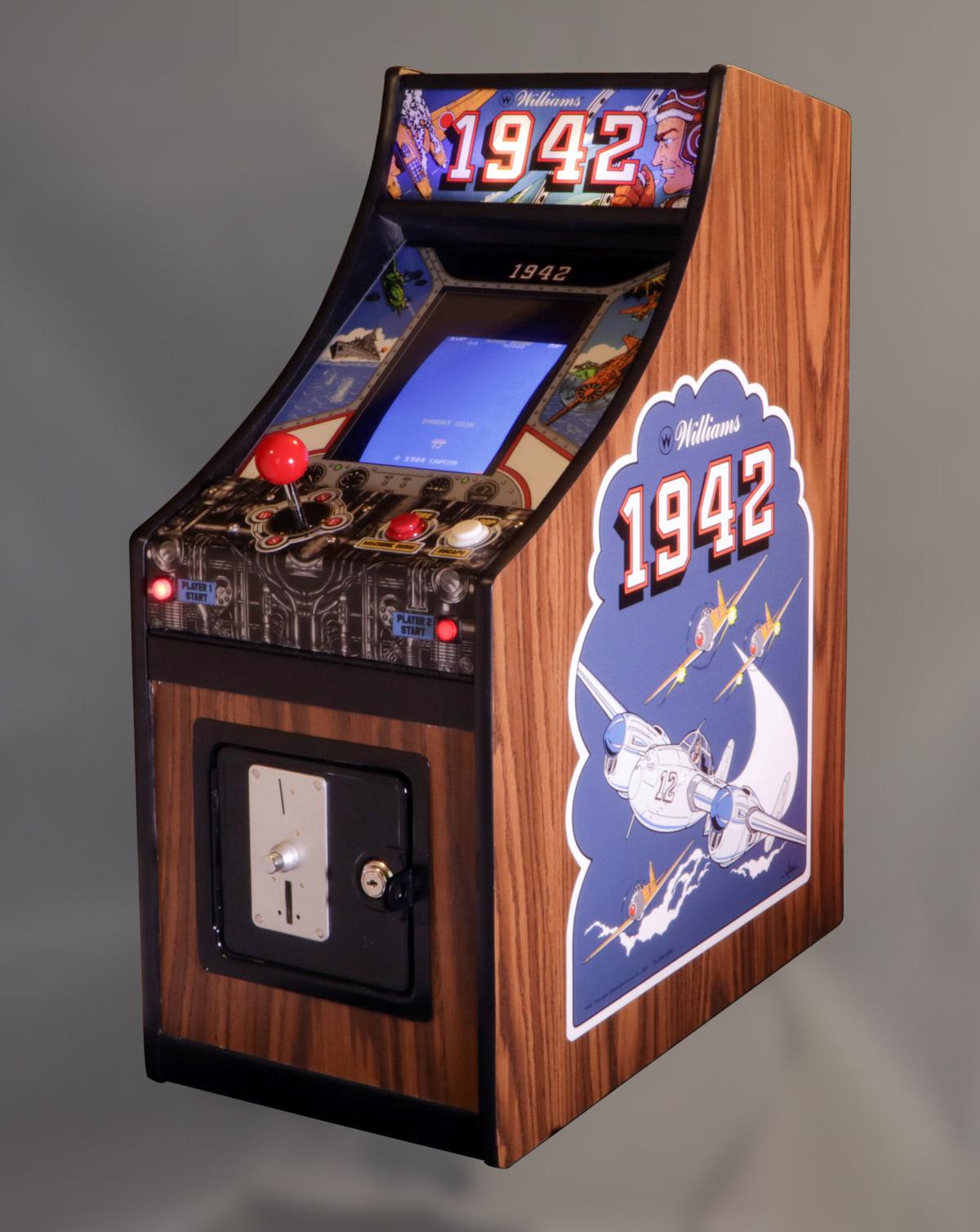 1942 Small Change Arcade