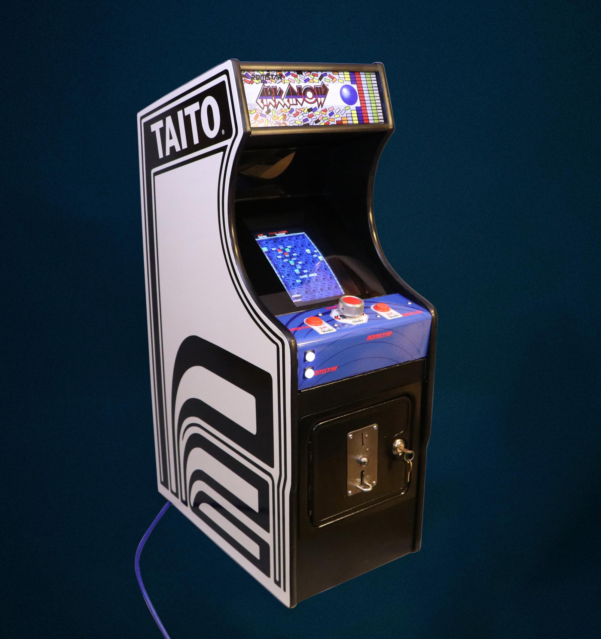 Arkanoid Small Change Arcade